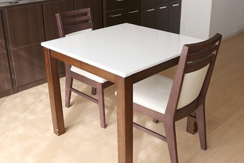 備品テーブル